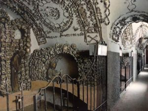 Visit Rome- The crypts