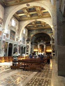 Visit Rome - the inside of Basilica di S. Prassede
